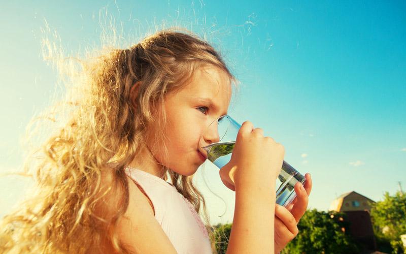 Златни правила на здравословния живот (част 3): Водата – носителка на Живота