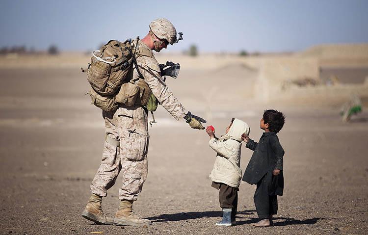 Учителя: Само добрият човек слиза до положението на бедния, на слабия да му помага