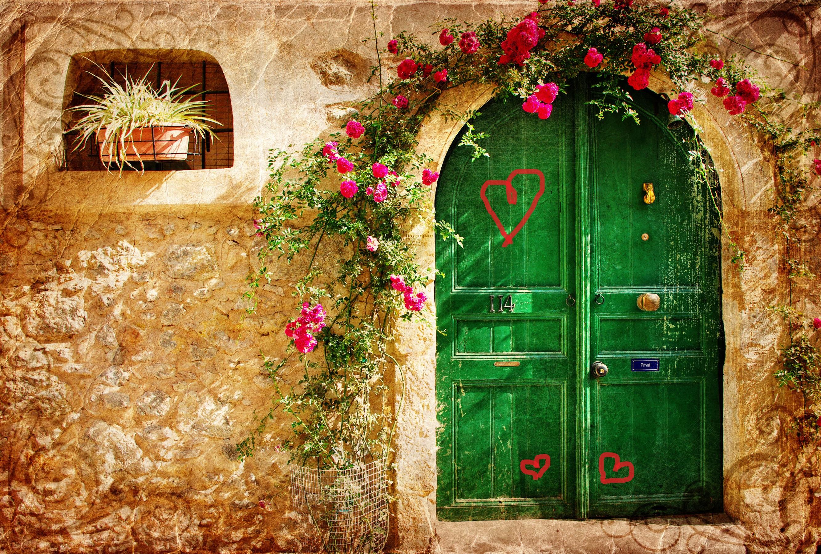 Учителя: Вратата на живота е Любовта. Без Любов вратата не може да се отвори