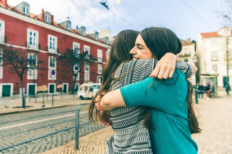Учителя: Идва време хората да се освободят от безверието и да заживеят с взаимна любов помежду си
