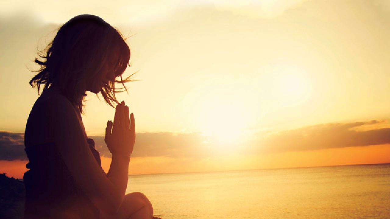 Учителя: Молитвата концентрира човешката мисъл, чувства и воля в едно – тя е мощна и върши чудеса
